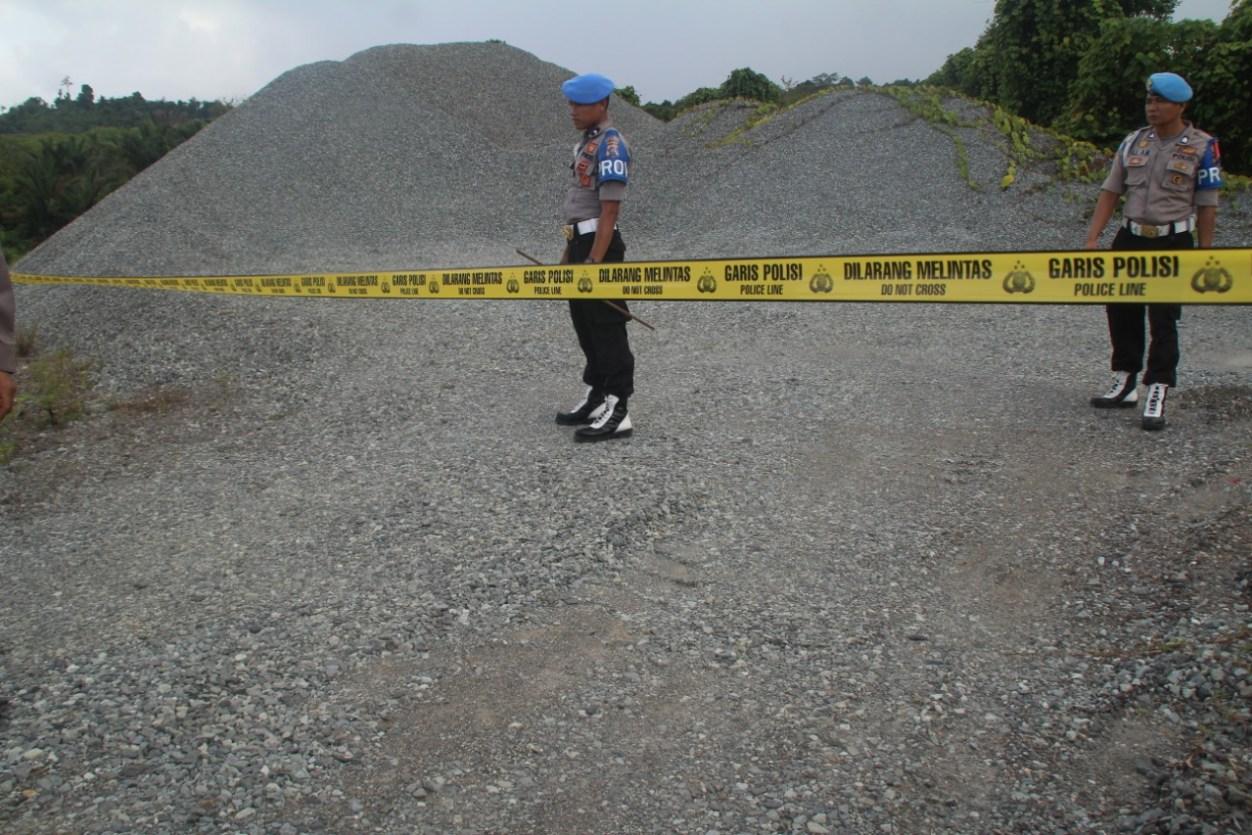 Diduga Ilegal, Polres Mentawai Polis Line Material PT. MAC di Simaubbok