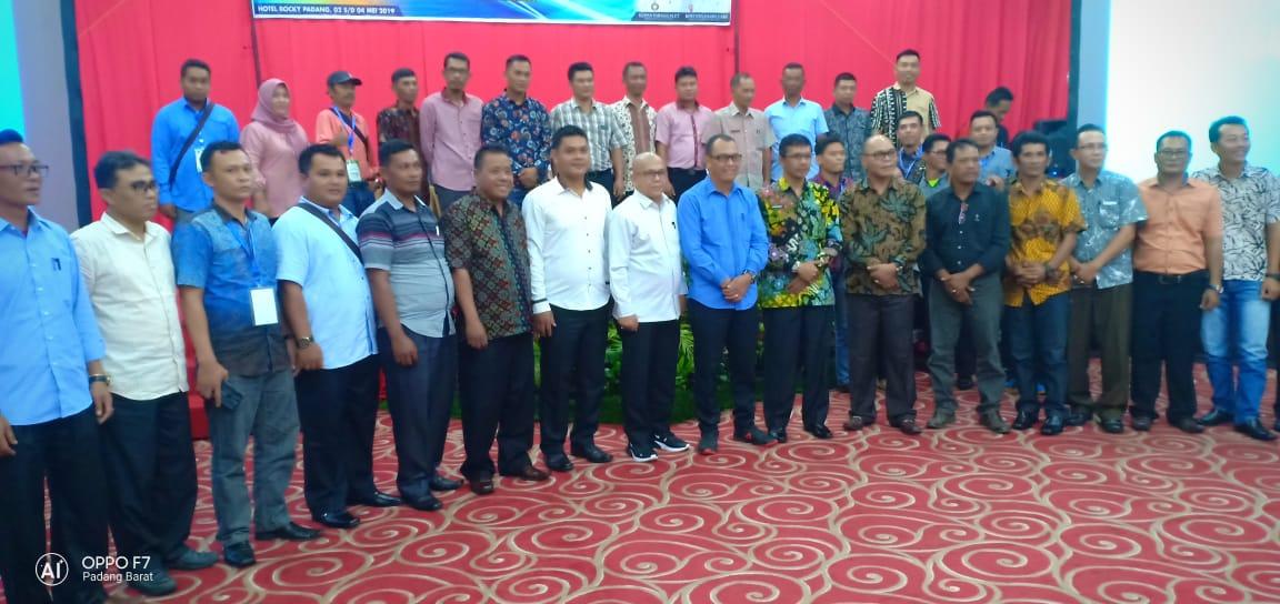 Bupati Mentawai Ingatkan Kepala Desa dan Aparatur Jangan Main-Main Dengan Dana ADD