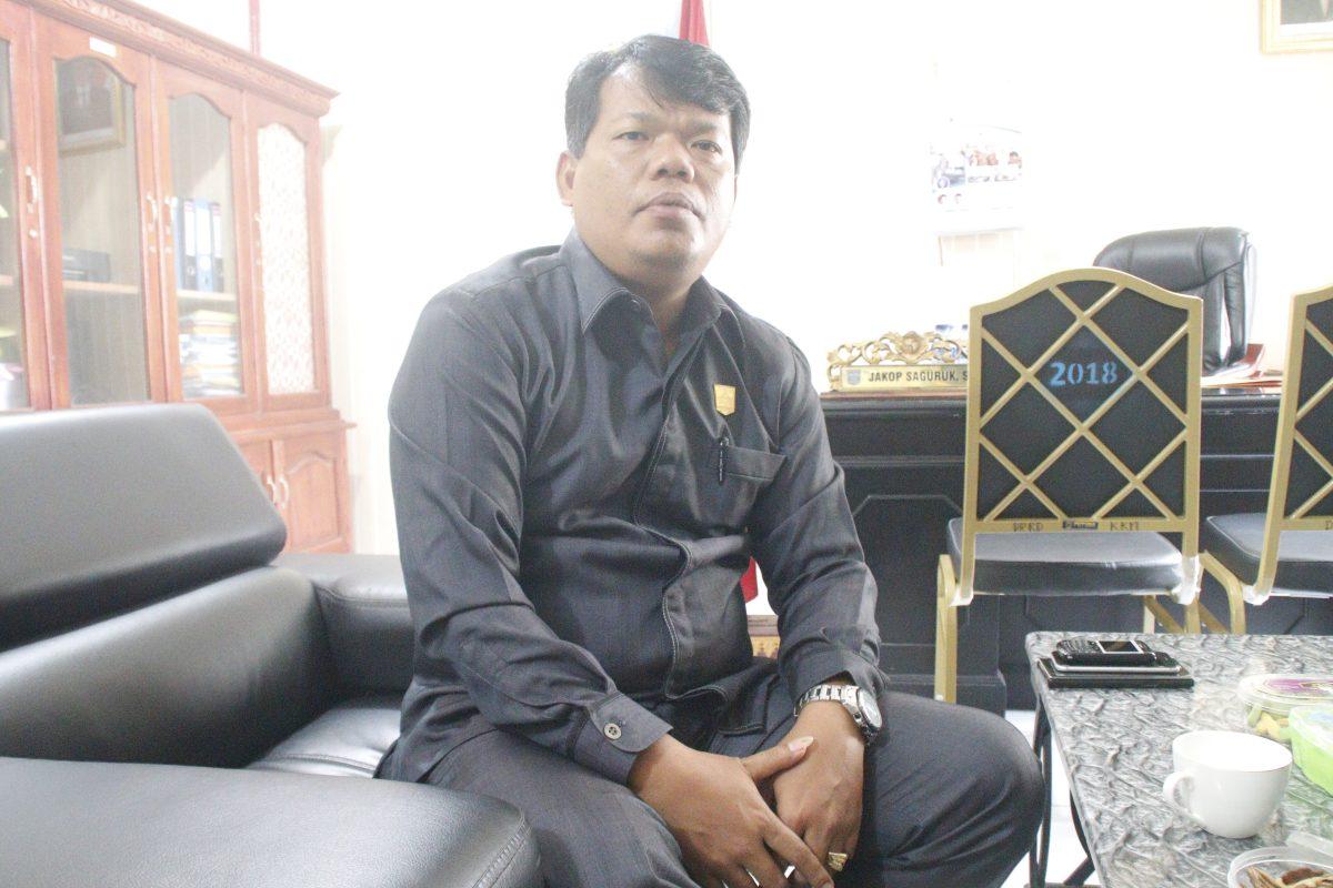 Pembangunan Jalan Yang Belum Selesai, Jakop Saguruk Sorot PU Mentawai