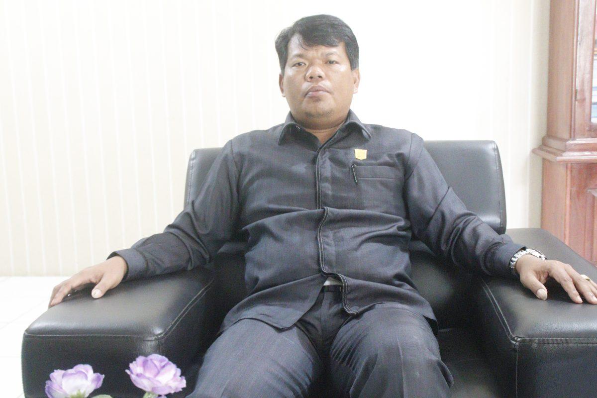 Terkait Penerimaan CPNS di Mentawai, Jakop Saguruk Sebut BKPSDM Tak Terbuka