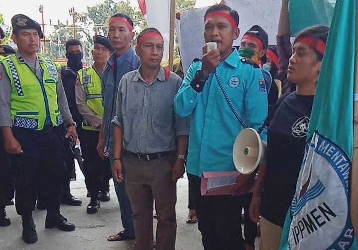 Unjuk Rasa, IPPMEN Minta Pengadilan Tunda Eksekusi Tanah di Pulau Nyang-Nyang