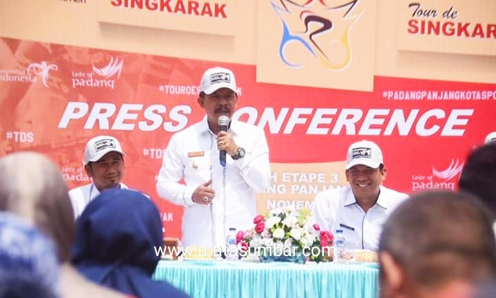 Terkait Persiapan TdS, Wali Kota Padang Panjang Gelar Konfrensi Pers