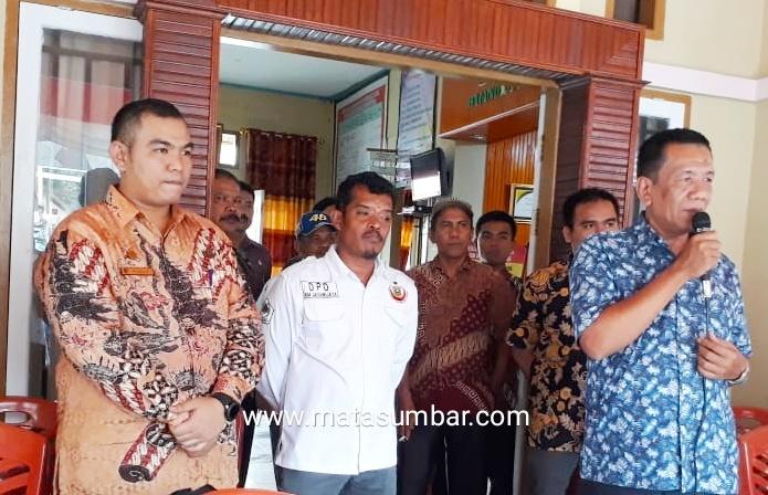 Wabup Pessel Bersama IKM Jaya Wijaya Serahkan Bantuan Kepada 129 Korban Wamena