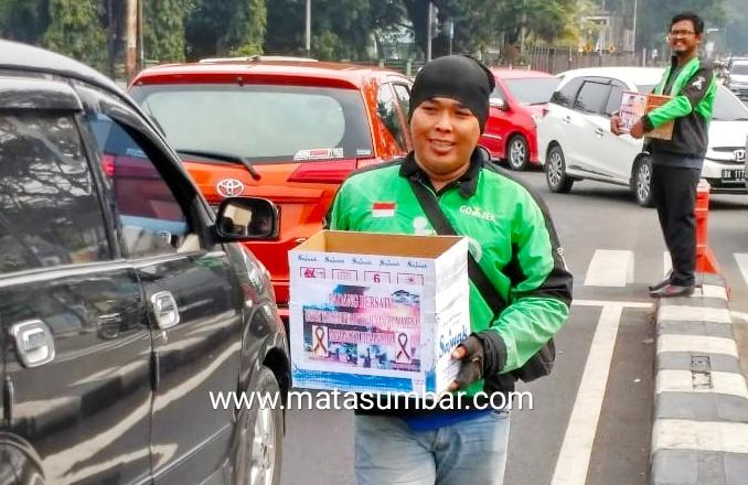 Komunitas Ojek Daring di Padang Kumpulkan Sumbangan Untuk Korban Wamena