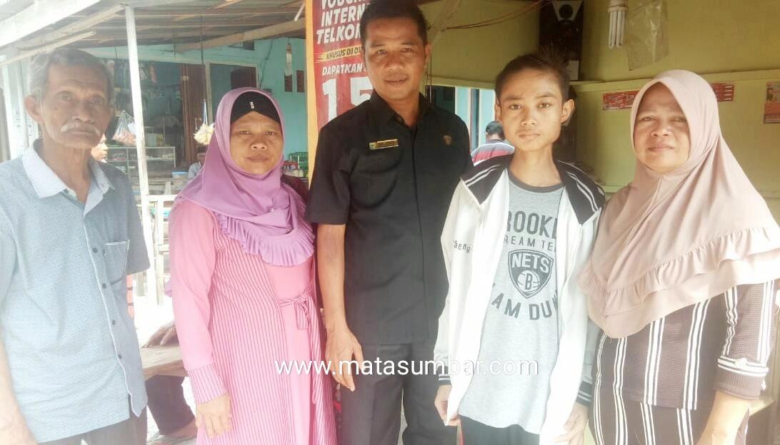 Anggota DPRD Pessel Ikal Jonedi Ikhlas Biayai Pengobatan Fran Penderita Penyakit Tulang