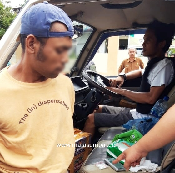 Polres Pasaman Ringkus Pelaku Pembawa Sabu di Mobil Travel