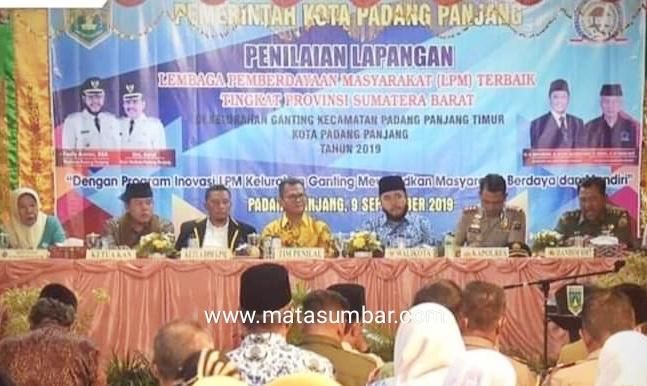 Raih Kota Terbaik Tingkat Sumbar, Ketua LPM Ganting di Beri Reward Berkunjung Ke Bali