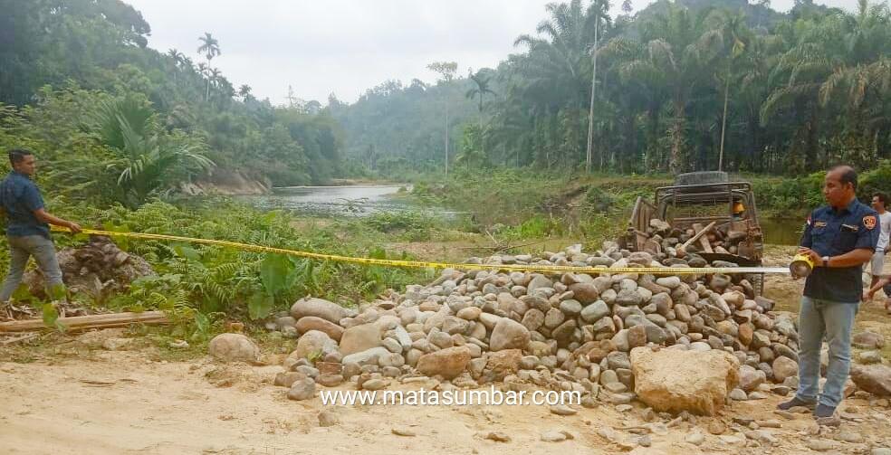 Satreskrim Polres Pessel Tertibkan Penambangan Batu di Nagari Lakitan Tengah
