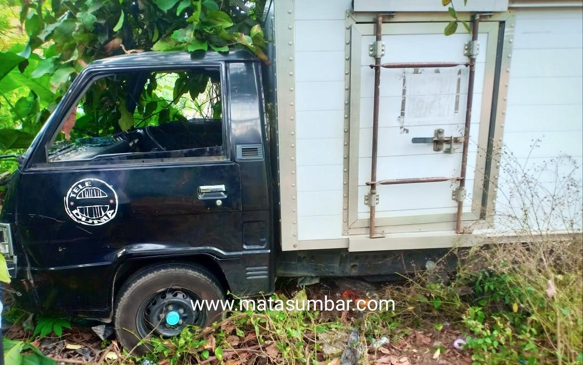 Mobil Pick Up VS L.300 Bertabrakan, Diduga Hilang Kendali, Satu Orang Tewas
