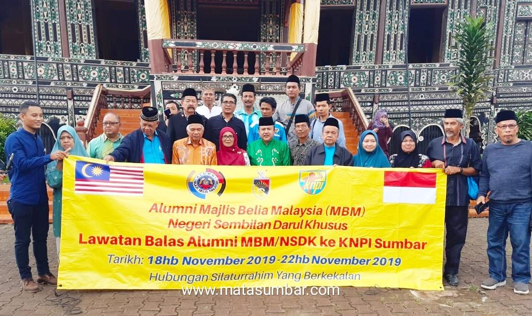 Tiga Datuak Dari Malaysia Berikan Dukungan Penuh Kepada Wahyu Iramana Putra Jadi Bupati Tanah Datar