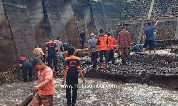 Satgas Bencana Kumango Mendapat Apresiasi Dalam Penaganan Banjir Nagari Pasie Laweh