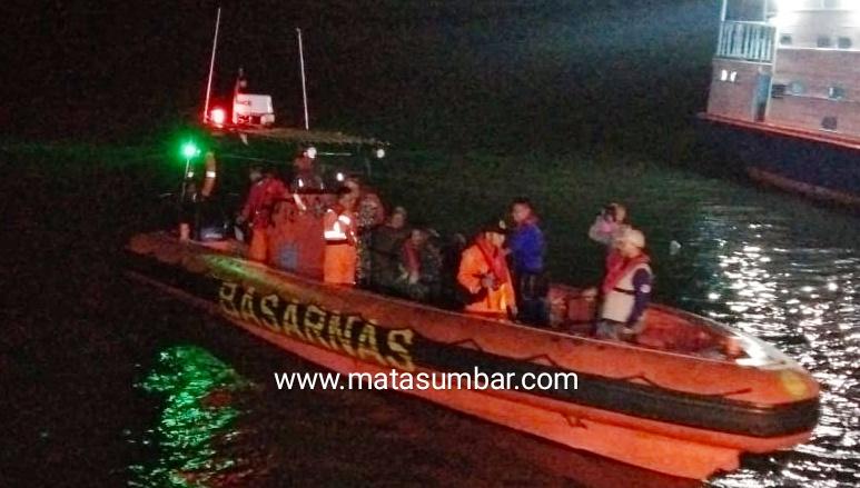 Diduga Longboat Hilang Kontak, Tim Gabungan Sar Mentawai Lakukan Pencarian