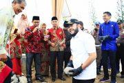 Fadly Amran Letakan Batu Pertama Pembangunan Mushalla Nurul Ilmi SMAN 2 Padang Panjang