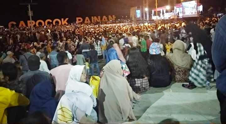Tabliqh Akbar di Pessel, UAS Sampaikan 4 Pesan Penting di Hadapan Ribuan Jamaah