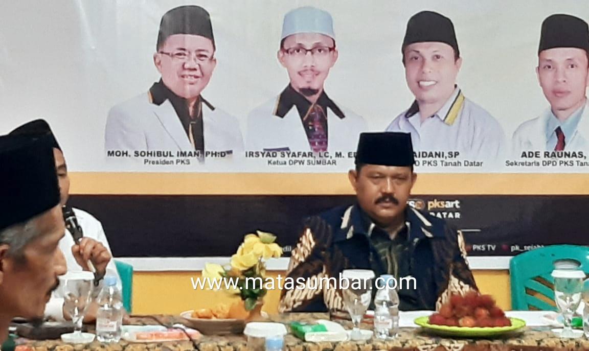 Serius Maju Pilkada, Indra Gunalan Antarkan Formulir Pendaftaran ke DPC Partai PKS