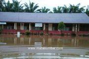Curah Hujan Tinggi, Sejumlah Kecamatan di Pasbar Terendam Banjir