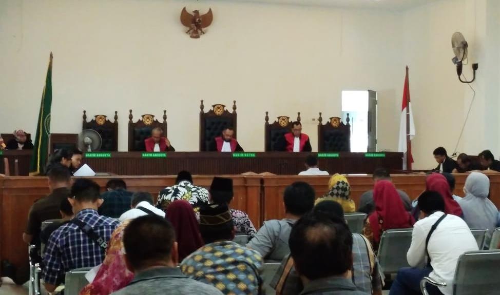 Penasehat Hukum Rusma Yul Anwar Minta Majelis Hakim Bebaskan Kliennya Dari Dakwaan Jaksa