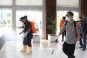 Cegah Corona, Pemkab Pasbar Semprotkan 33 Ribu Ton Cairan Disinfektan di Fasum