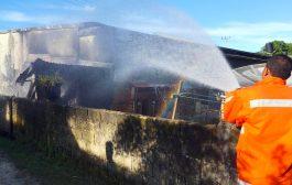 Breaking News : Gudang Minyak di Tuapejat Milik Naik Munte Meledak