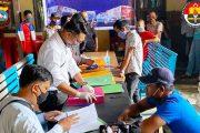 Satlantas Mentawai Salurkan Bansos Covid-19 Kepada 150 Pelaku Transportasi