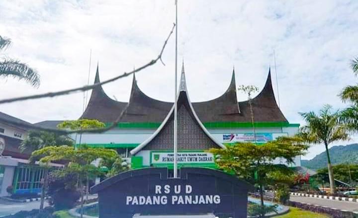 Direktur RSUD Padang Panjang Jelaskan Riwayat Kunjungan Pasien NS
