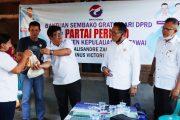 Didampingi Dua Anggota DPRD, DPD Partai Perindo Mentawai Salurkan Sembako Untuk Warga