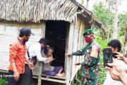 Secara Door To Door, Kades Nemnemleleu Berikan BLT Kepada 65 KK di Dusun Sagitci