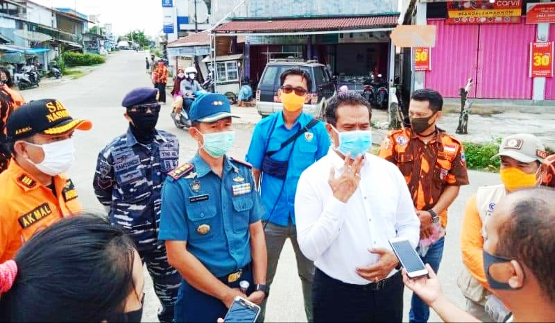 Perangi Virus Corona, Lintas Sektor di Mentawai Bagikan Masker Gratis Kepada Masyarakat