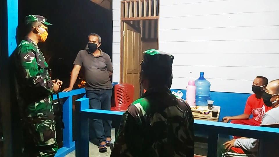 Cegah Penyebaran Covid-19 di Lingkungan Masyarakat, Kodim 0319/Mentawai Lakukan Patroli