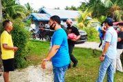 Peduli Warga, Sat Intelkam Polres Mentawai Bagikan Sembako Untuk Dusun Jati Tuapejat