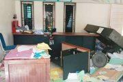 Dinilai Pembagian BLT Tidak Merata, Kantor Wali Nagari Tanah Bakali di Rusak Warga
