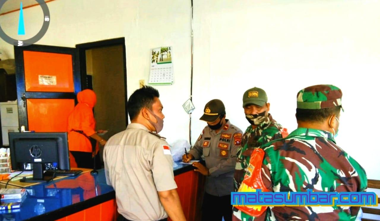Pembagian BST Kemensos dan Provinsi di Dua Desa Langsung Dipantau Koramil 04/Sikakap