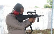 Asah Kemampuan, Kapolda Sumbar Gelar Latihan Menembak