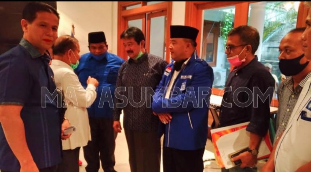 DPP PAN Intruksikan Cabup Yul Afnedi Pastikan Pasangan di Pilkada Pessel 9 Desember Mendatang