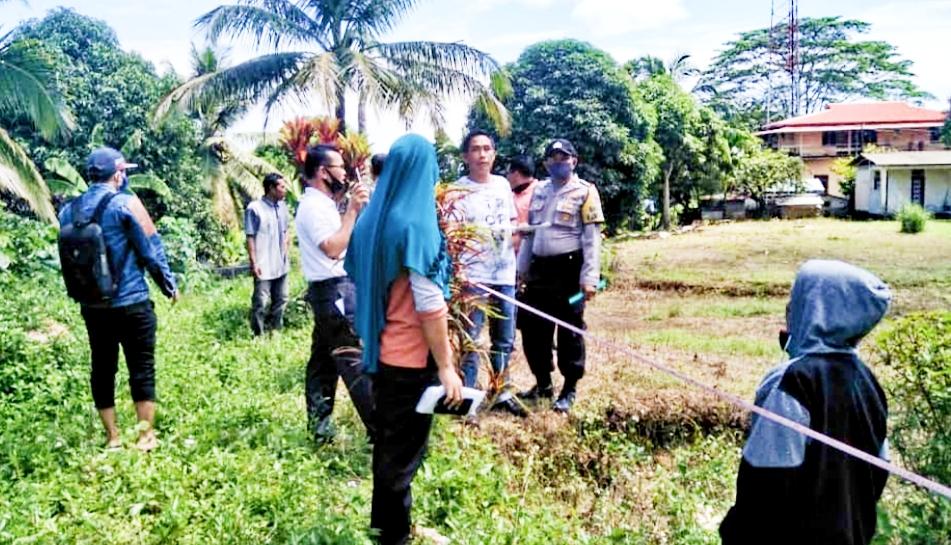 Penyelesaian Batas Tanah, Bhabinkamtibmas Polsek Sipora Dampingi Camat Sipora Utara