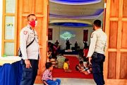 Berikan Kenyamanan Kepada Masyarakat, Kepala SPK Polsek Sipora Patroli Rumah Ibadah