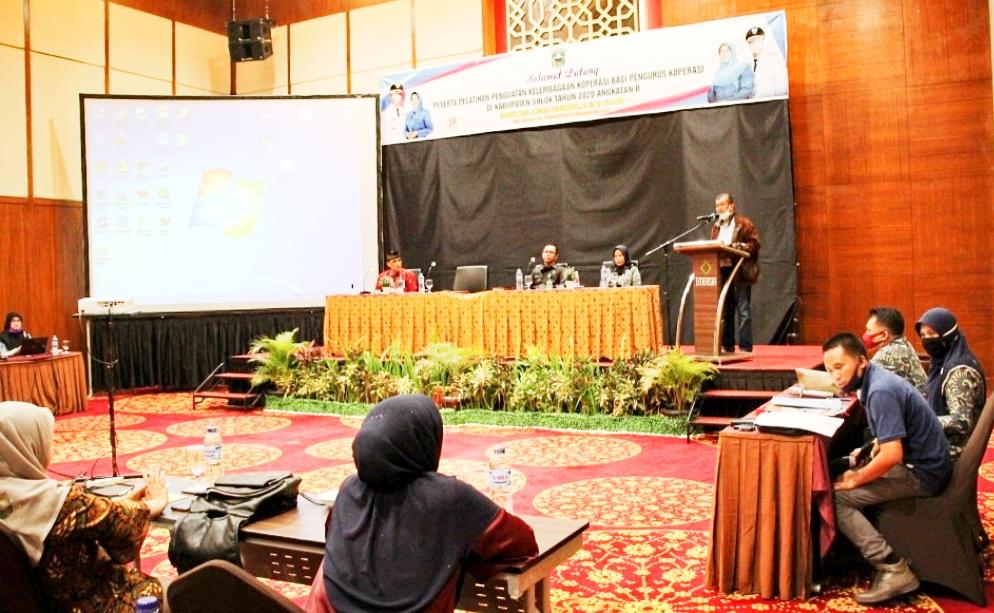 Tingkatkan Profesionalitas, Pemkab Solok Gelar Pelatihan Koperasi di Emersia Hotel Batusangkar
