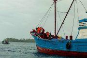 Mati Mesin, KM.Murni Bersama 7 ABK Berhasil di Evakuasi Tim SAR Gabungan