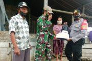 Solidaritas TNI-POLRI Salurkan Bantuan Beras Kepada Warga Desa Maileppet