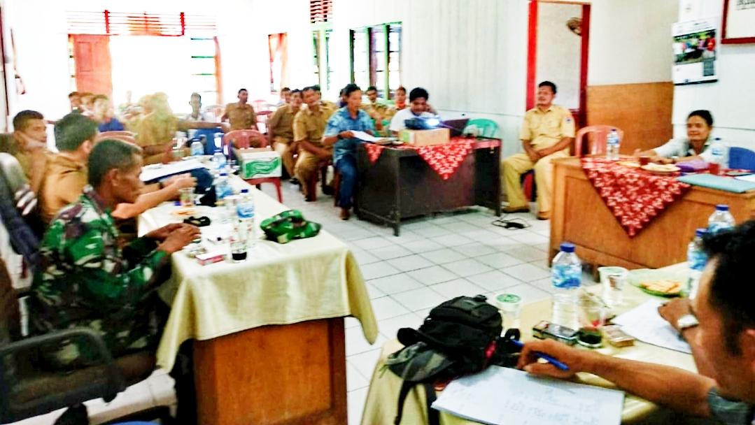 Dukung Program Desa, Babinramil Sikakap Hadiri Musdes Desa Malakopak