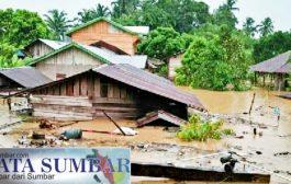 Curah Hujan Tinggi, Puluhan Rumah Terendam Banjir di Pasbar