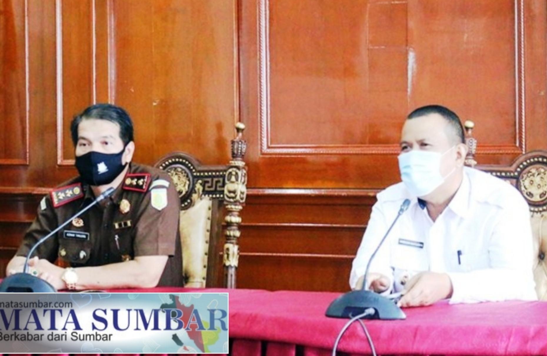 Melalui Vidcon, Wawako Pariaman Hadiri Rakor Pengamanan dan Penegakan Hukum Prokes
