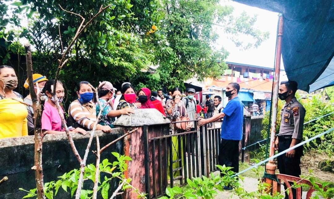 Polsek Sipora Kembali Kawal Pendistribusian BST di Pos Sioban
