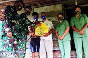 Berbagi Sembako di Desa Matobe', Dandim 0319/Mentawai di Dampingi Ketua Persit