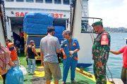 Disiplin Prokes, Koramil 04/Sikakap Lakukan PAM di Kapal Gambolo
