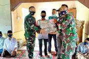Jalin Silahturahmi Dengan Warga Dilan, Dansatgas TMMD 0311/Pessel Berikan Bantuan Genset dan Peralatan Ibadah