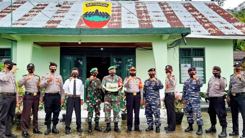 Peringati HUT Ke-75 TNI, Koramil Sikakap Gelar Apel dan Doa Bersama