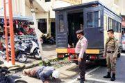 Hari Pertama Penerapan AKB, 16 Pelanggar di Jatuhkan Sanksi Push Up dan Bersihkan Fasum