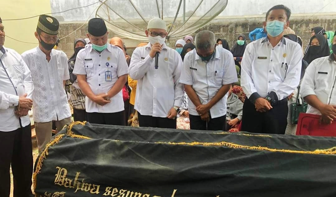 Inna lillahi wa Inna ilaihi raji'un, Wako Fadly Amran Lepas Bu Guru Yuliet