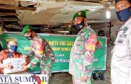 Karya Bakti TNI Satkowil, Koramil Sikakap Berbagi Sembako Kepada Warga Lansia